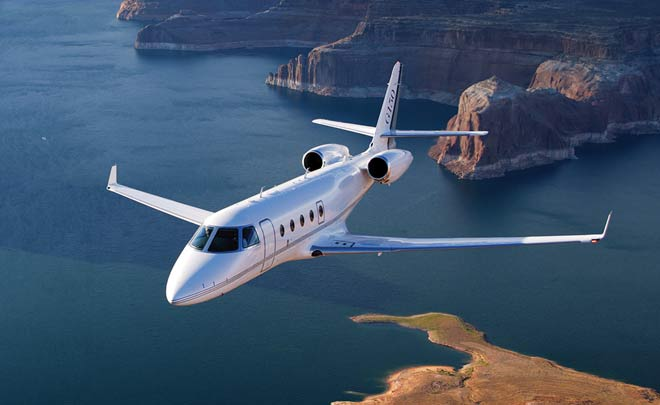 What is the best private jet for 14 passengers