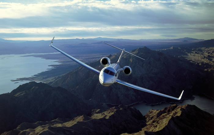 What fees to expect for private jet charter